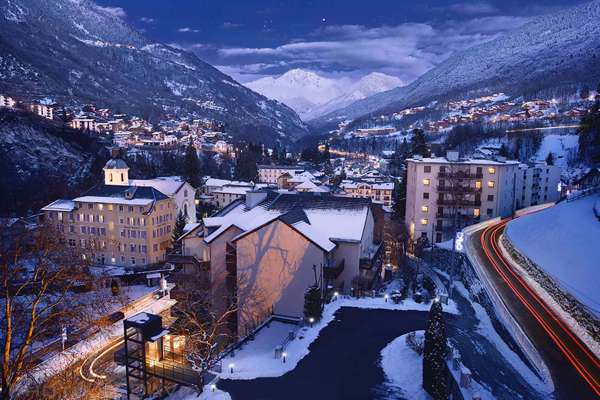 Ski brides les 3 vall es site officiel savoy h tel for Bains thermaux france